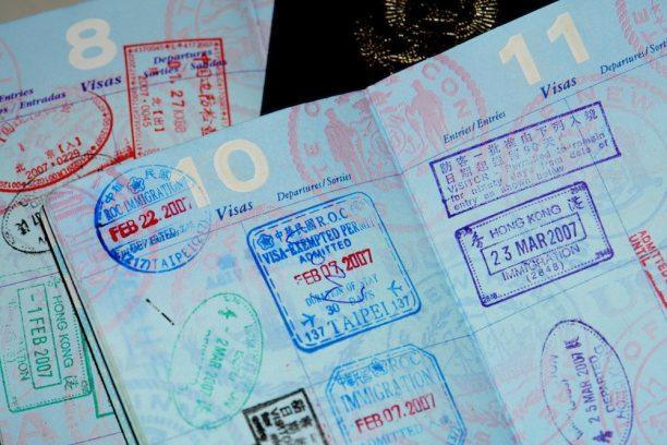 Viajar con niños, documentos necesarios